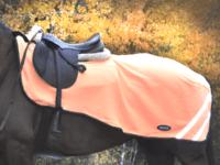 Hästtäcke - ländtäcke i orange fleece med reflexer